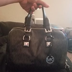 Michael Kors Grayson satchel